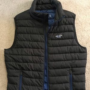 Hollister medium puffer blue vest for men